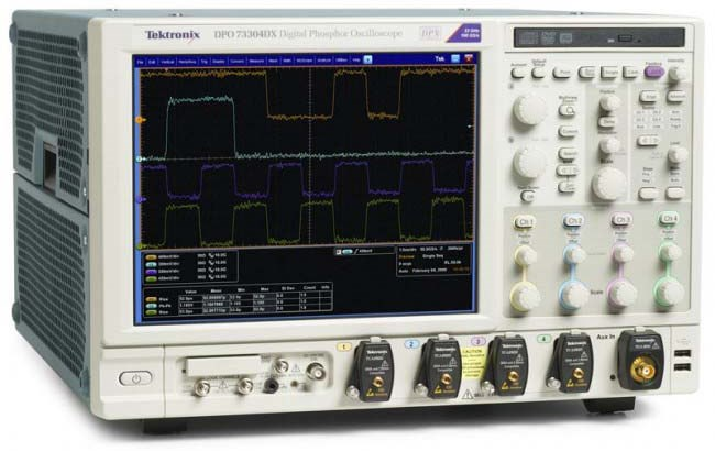 Осциллограф Tektronix DPO73304DX
